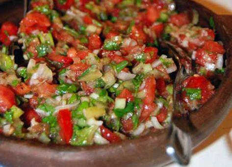 Pebre tradicional chileno