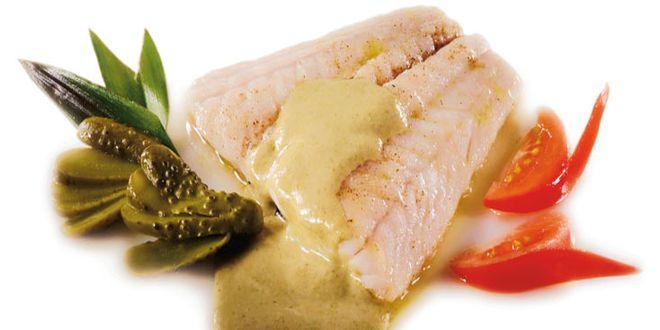 Filetes de corvina en salsa de anchoas